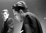"""然而许多歌迷,对查特高而纯净,毫无震颤的声音喜欢的发狂。在《Let's Get Lost》中,Herbie Hancock说:""""他用那种柔顺温暖,轻薄如烟的声音,唱那些浪漫的歌谣,许多人会说查特的歌声在他们的爱情生活中有着很重要的地位。"""""""