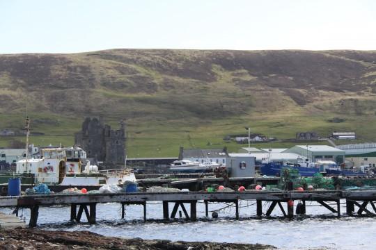 Scalloway的港口与城堡