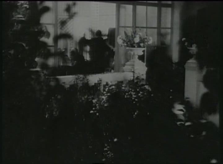 (1936)La Tendre Ennemie.avi_005242.079