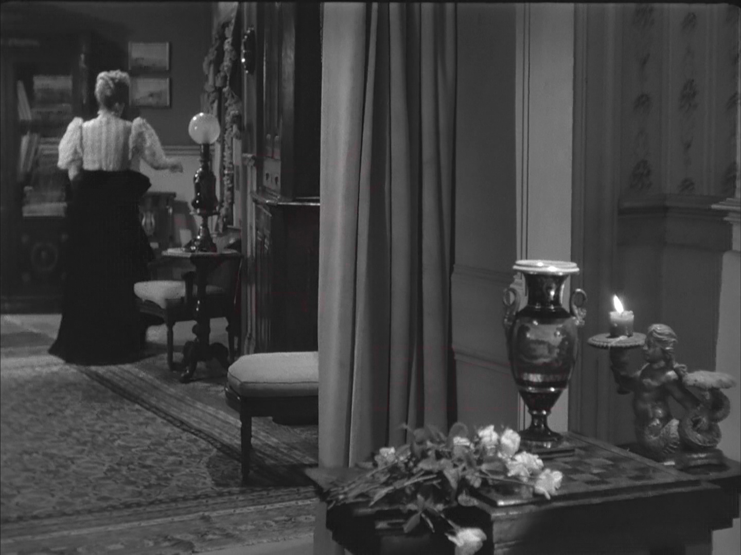 letter.from.an.unknown.woman.1948.1080p.bluray.x264-psychd.mkv_011922.501