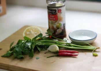 恐惧香菜的同学,可以换成薄荷叶、芹菜叶、parsley叶等等。